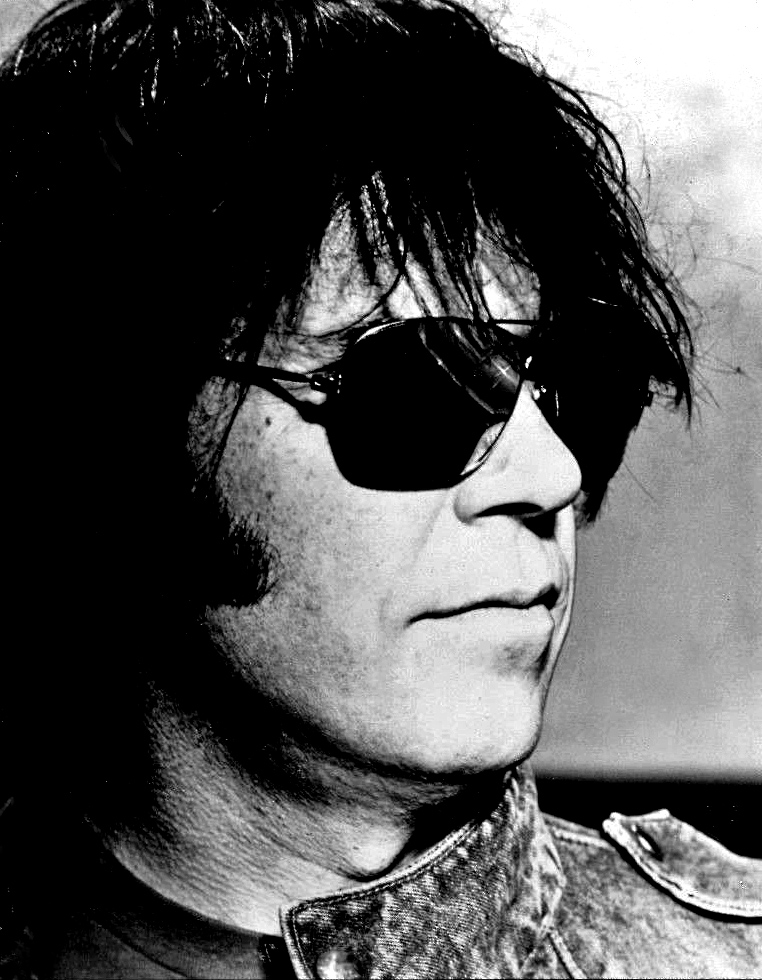 Neil_Young_-_1983